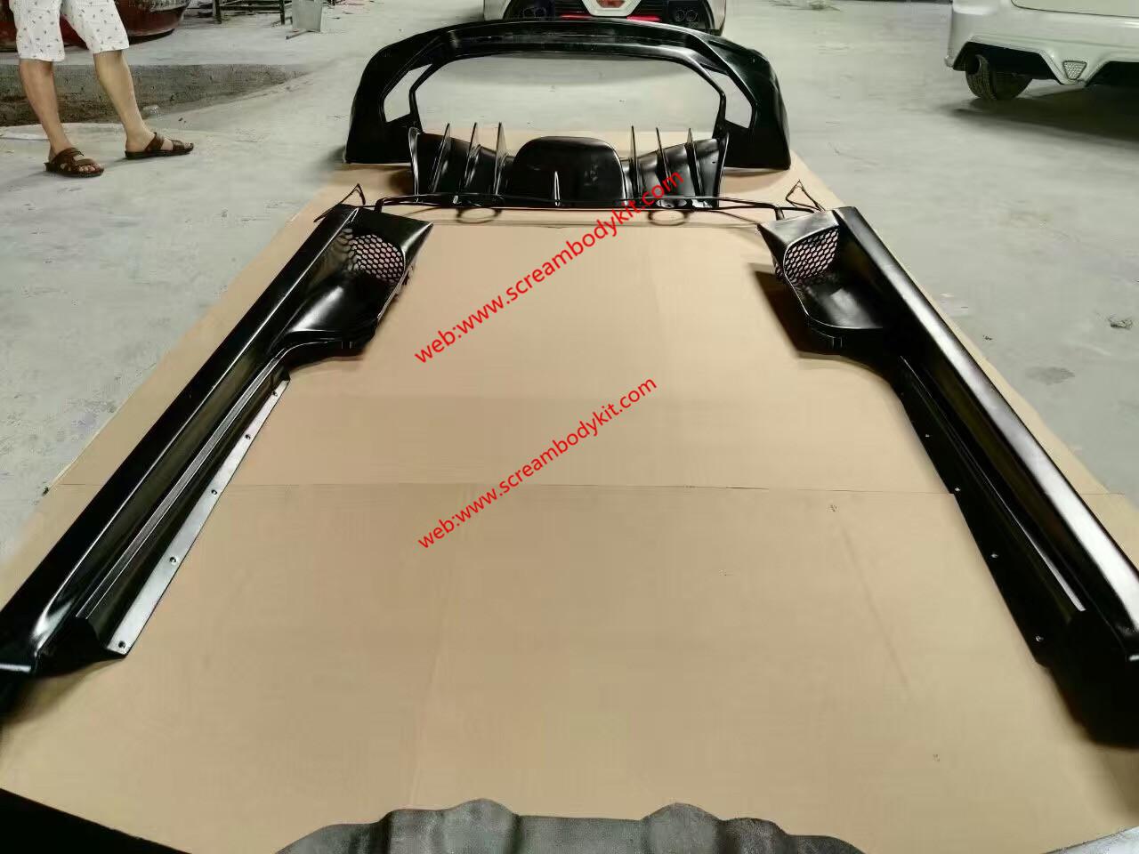 Ferrari F430 body kit carbon fiber spoiler