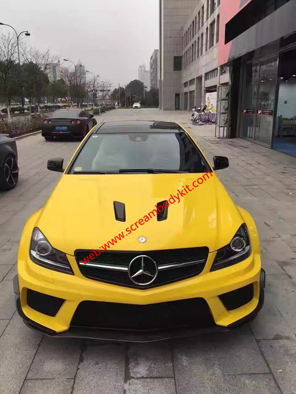 Mercedes-BenzW204C63AMG black series body kit Or C(Coupe or sedan)