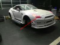 NissanGTR body kit front bumper after bumper side skirts fenders spoiler